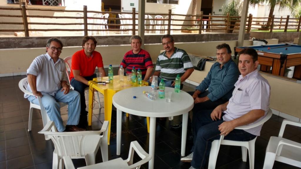 Em Capinópolis com Ex Vice Prefeito Jorginho e lideranças, no Capinopolis Clube