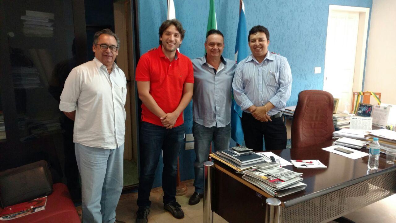 Marcos Melo, Iran Barbosa, Elsinho (Prefeito de Centralina) e Leleu (Ex Prefeito de Gurinhatã)