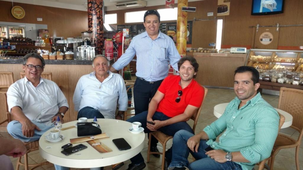 Marcos Melo, Vereador Joseph Tannous, Ex Prefeito Leleu de Gurinhatã, Iran Barbosa e Edmundo Filho.
