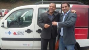 Pastor João Marcos, presidente do Centro Restauração Vida Nova, de Esmeraldas e Guilherme Regatos (Assessor do Deputado Iran Barbosa)